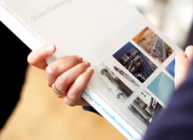 Agentur gestaltet Unternehmenschronik für Ingenieursdienstleister